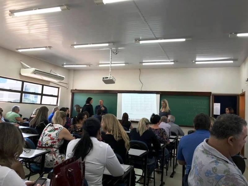 Após muita dedicação, alunos do Ceebja de Umuarama realizam formatura e dão exemplos de superação